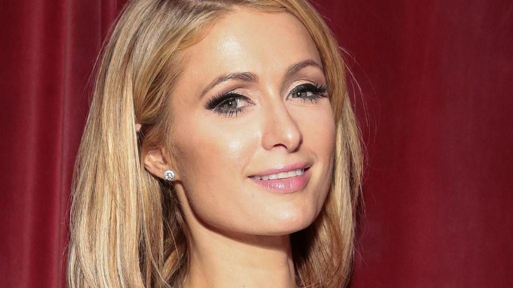 Paris Hilton Ternyata Anti Operasi Plastik, Lebih Suka Perawatan Alami