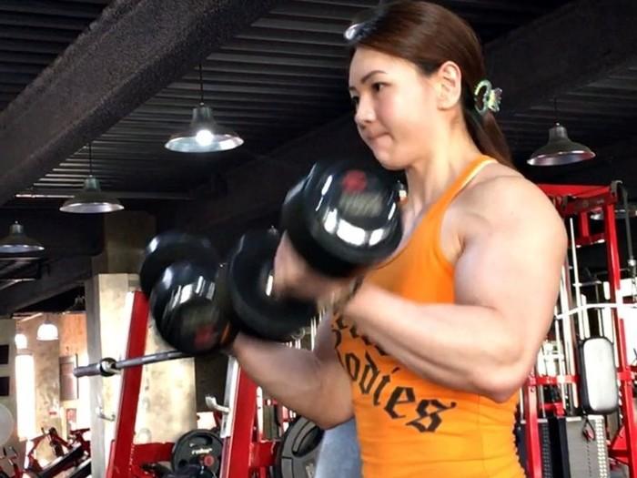 Sebelum rajin berolahraga Yeon mengaku bahwa dirinya kurus dan punya stamina yang buruk. Foto: Instagram/yeonwoojhi
