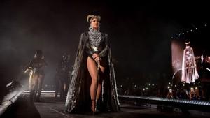Beyonce dan Jay-Z Tunjukkan Si Kembar di On the Run II