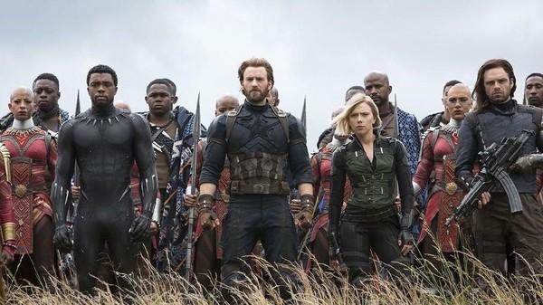 Avengers 4 Janjikan Peran Besar untuk Captain America dan Black Widow