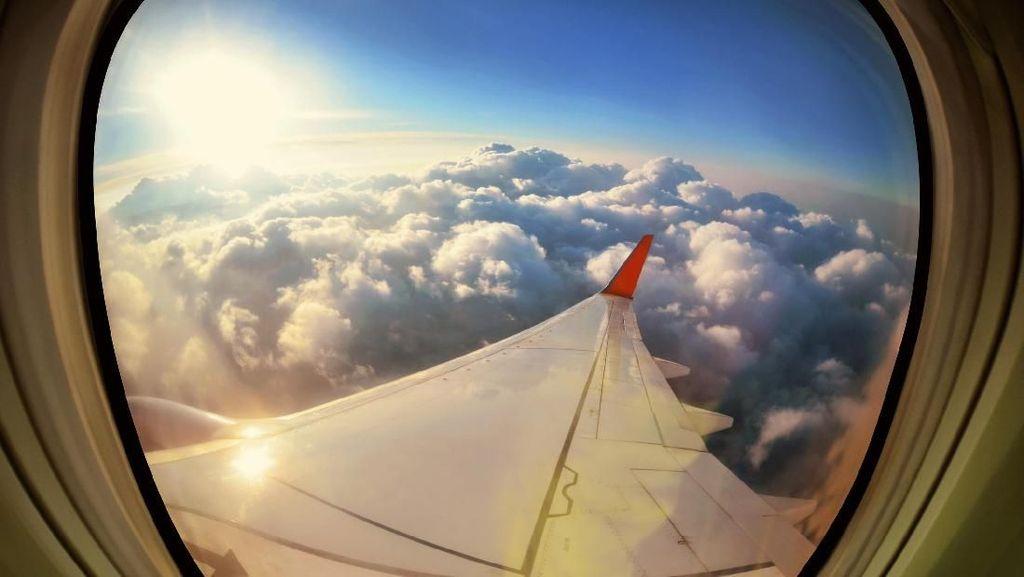 Penerbangan Dunia Komplain Dangdutan di Radio Nelayan Indonesia