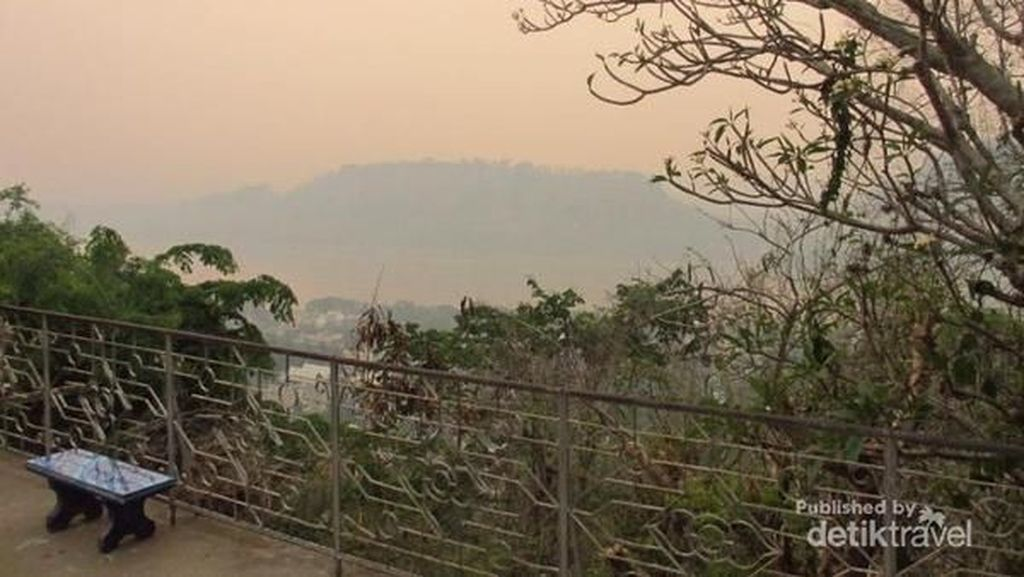 Sunset Syahdu dari Luang Prabang