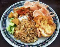Mampir ke Kawasan Pasar Lama, Jangan Lupa Cicip 5 Makanan Ini
