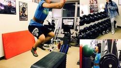 Hana Kimura adalah atlet gulat wanita yang populer di Jepang. Tubuh atletiknya ia peroleh dari rutin berolahraga.