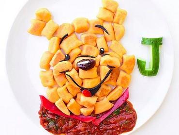 Si kecil bakal tega nggak ya memakan sajiannya kalau berbentuk wajah Pooh yang menggemaskan begini. Hi-hi-hi. (Foto: Instagram/ @jacobs_food_diaries)