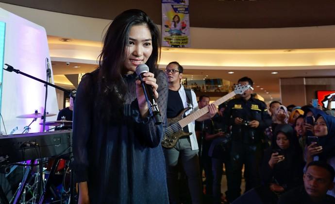 Isyana Sarasvati Kagetkan Pengguna Yamaha di Cirebon