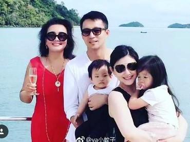 Ini foto lain saat Barbie Hsu dan keluarganya berlibur. (Foto: Instagram/ Istimewa)