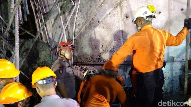 Proyek Tol Manado Ambruk karena Tiang Penyangga Karatan