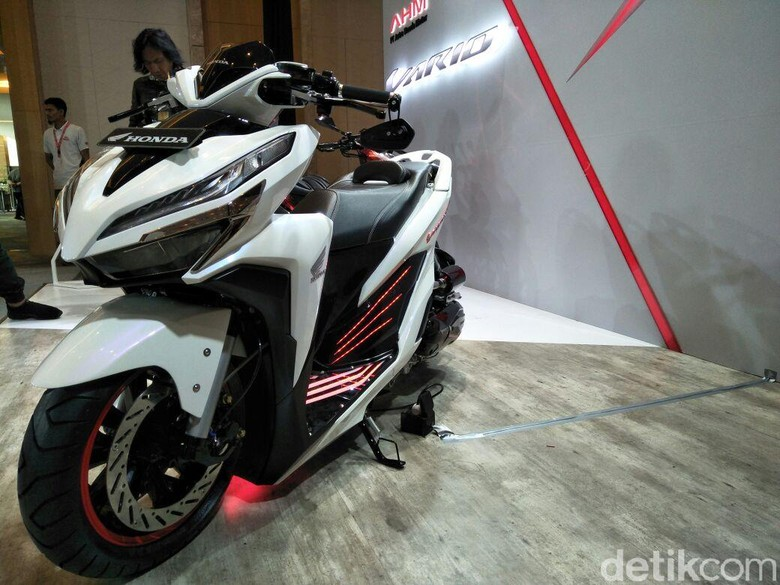 Honda Vario modifikasi (Foto: Ruly Kurniawan)