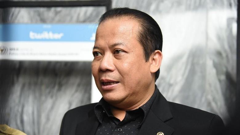 Isu TKA, Pimpinan DPR Minta Jokowi Gelar Konsultasi Sebelum Mayday