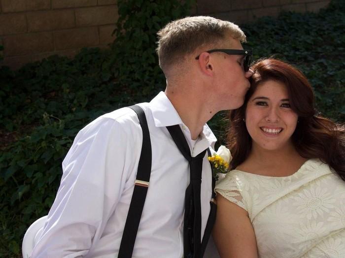 Andrea yang diselingkuhi suaminya. Foto: Twitter @meeelondrea