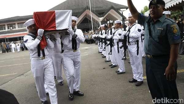 Upacara Pemakaman Amoroso Katamsi