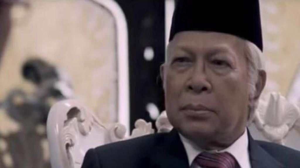 Melihat Lagi Akting Amaroso Katamsi di Film G30S/PKI