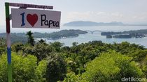 Foto: Bukit Jokowi di Papua yang Instagramable