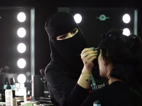 Backstage Arab Fashion Week 2018.