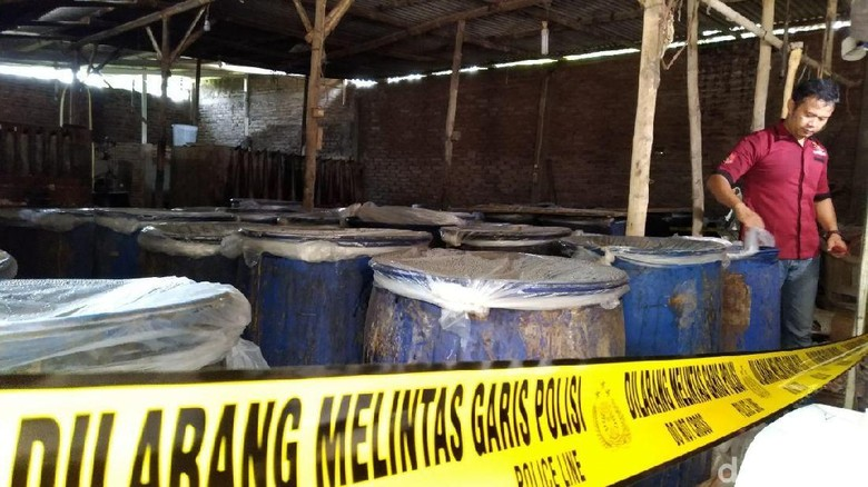 Polisi Kudus Bongkar Produsen Miras Berkedok Vulkanisir Ban