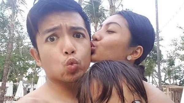 Melihat Lagi Hangatnya Ciuman Liza Elly untuk Nicky Tirta