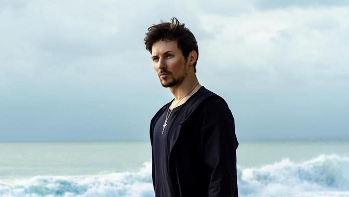 Pavel Durov, Anak Tiri di Negeri Sendiri