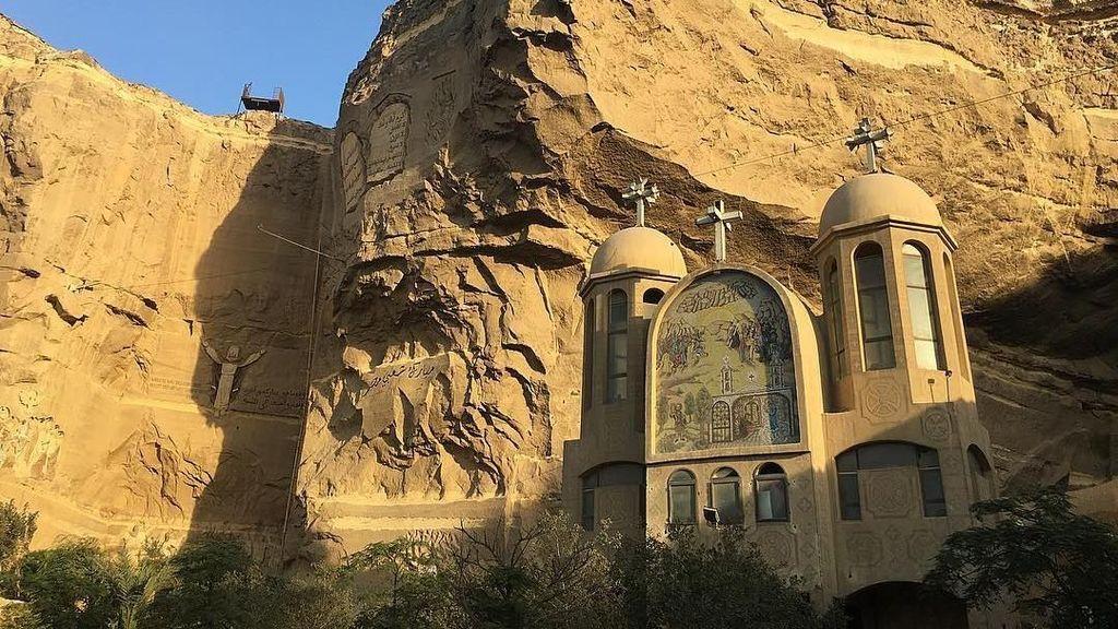 Foto: Inikah Gereja Gua Paling Besar di Dunia?