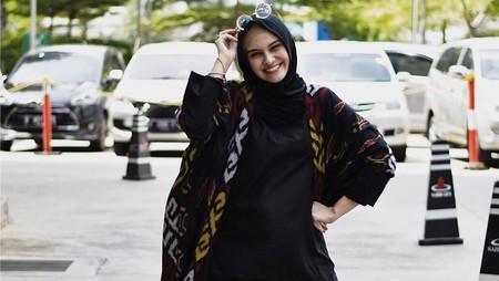 Cerita Zeezee Shahab Mengajari si Kecil Berpuasa