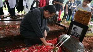 Ucapan Doa dari Kerabat Lepas Kepergian Deddy Sutomo