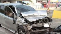 Adu Banteng Mobil Vs Truk di Rembang, 1 Orang Tewas