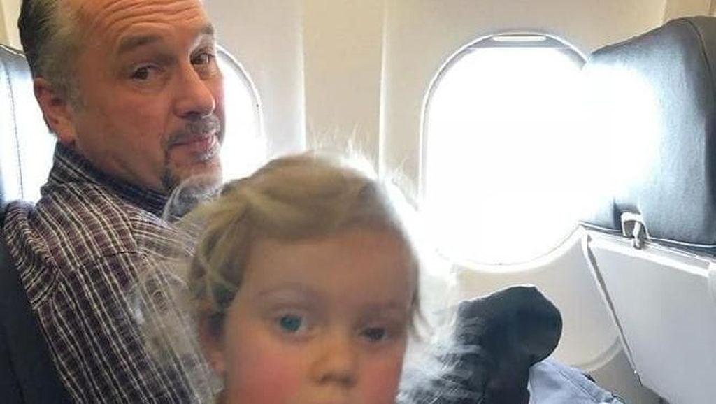 Kisah Mengharukan Orang Asing yang Bantu Ibu 2 Anak di Pesawat