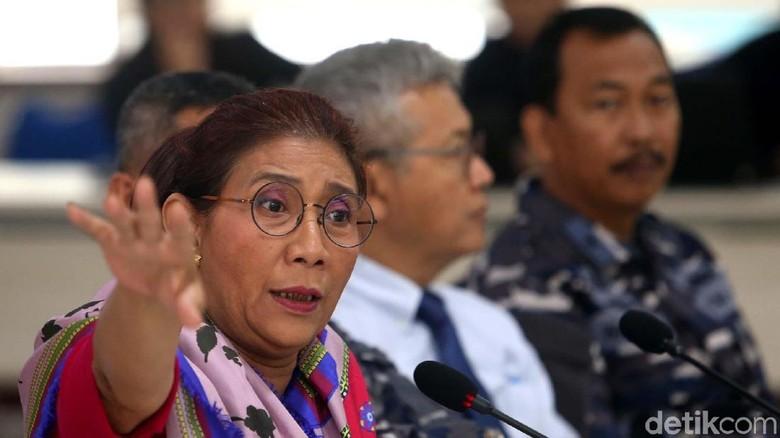 Menteri Susi Kembalikan 20 ABK Kapal Buron Interpol ke Keluarga