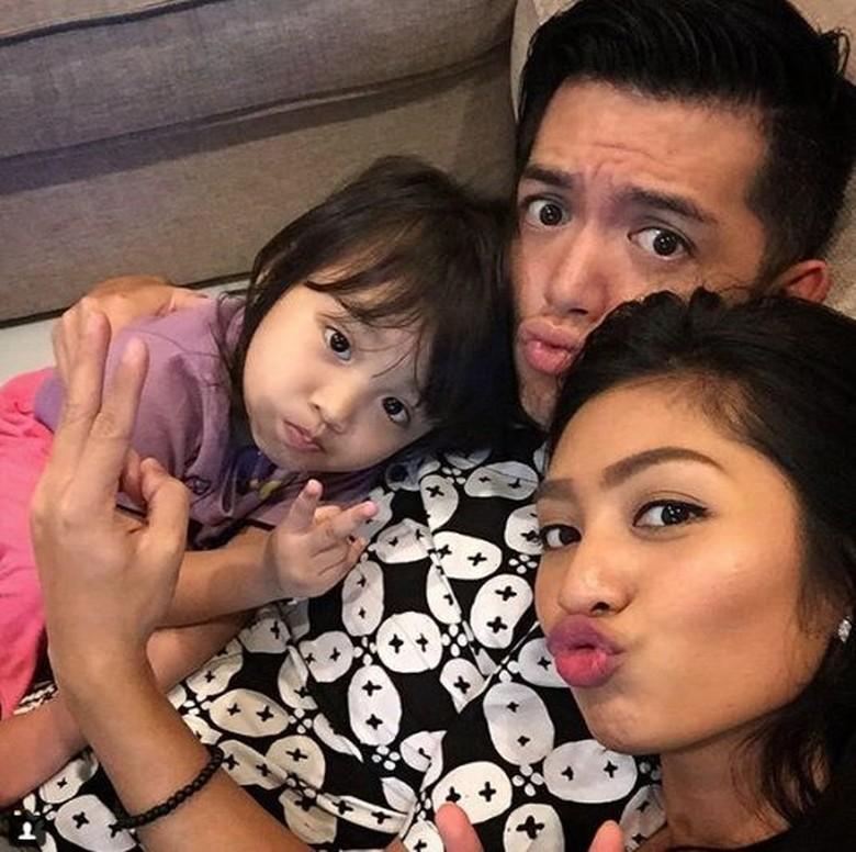 Resmi Cerai, Liza Elly Tak Minta Nafkah dari Nicky Tirta