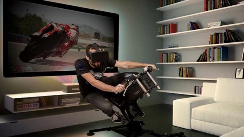 Simulator balap LeanGP Foto: Ride Apart