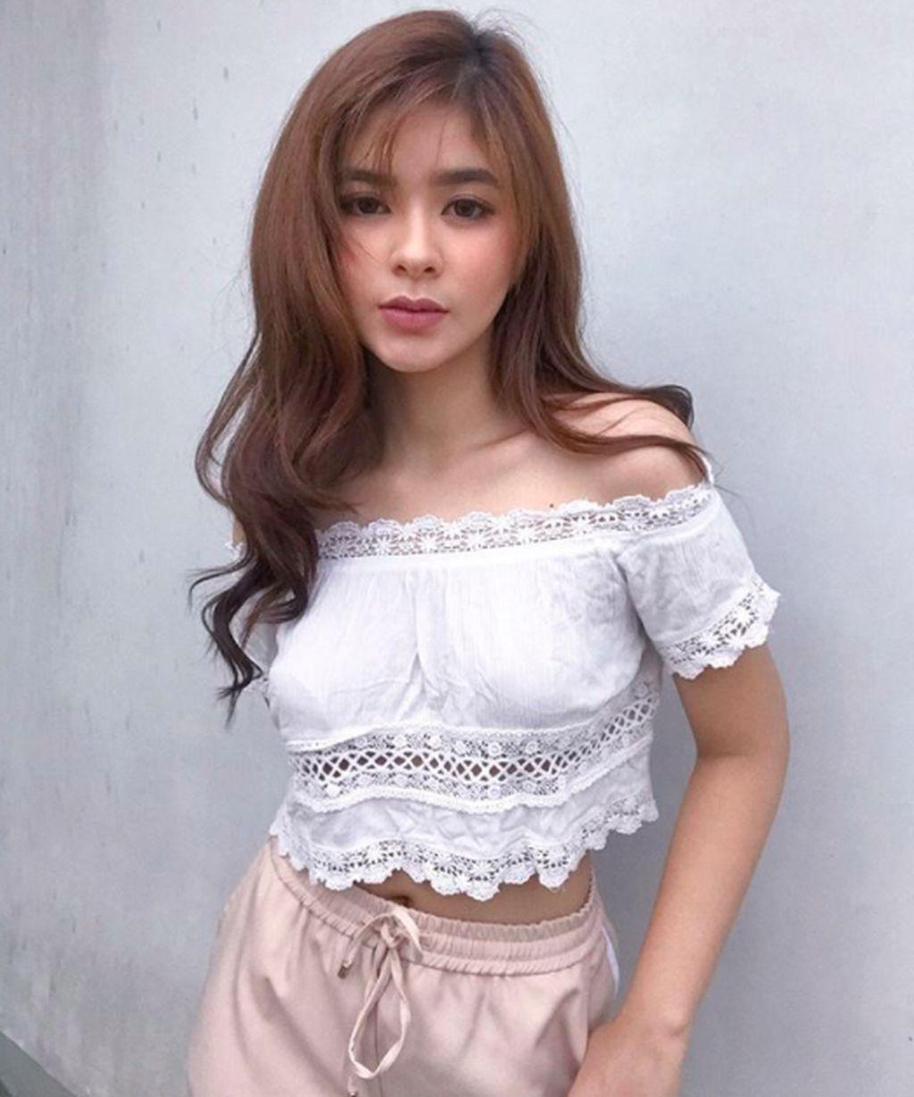 Nama gadis ini adalah Loisa Andalio asal Filipina. Dia baru berusia 18 tahun. Foto: Instagram