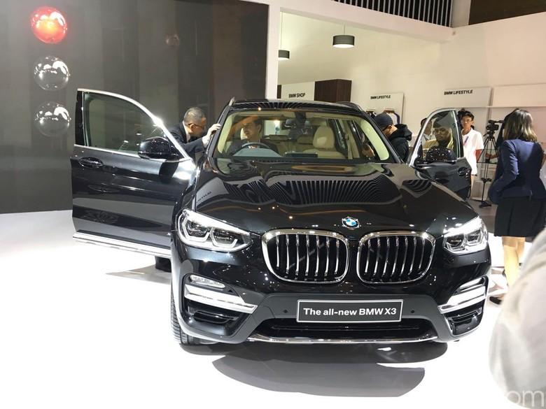 BMW di IIMS 2018 Foto: Dina Rayanti