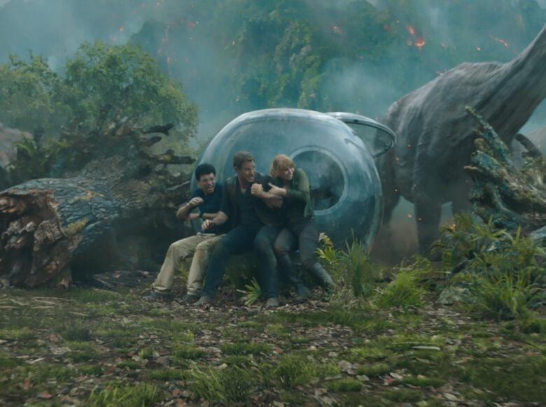 Jurassic Park Fallen Kingdom: Saatnya Para Dinosaurus Narsis Lagi