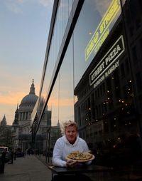 Ini Dia Restoran Pizza Baru Milik Gordon Ramsay di London
