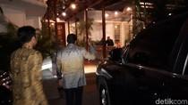 Dari Rumah Prabowo, Sandiaga Lanjut Temui PKS di Meradelima