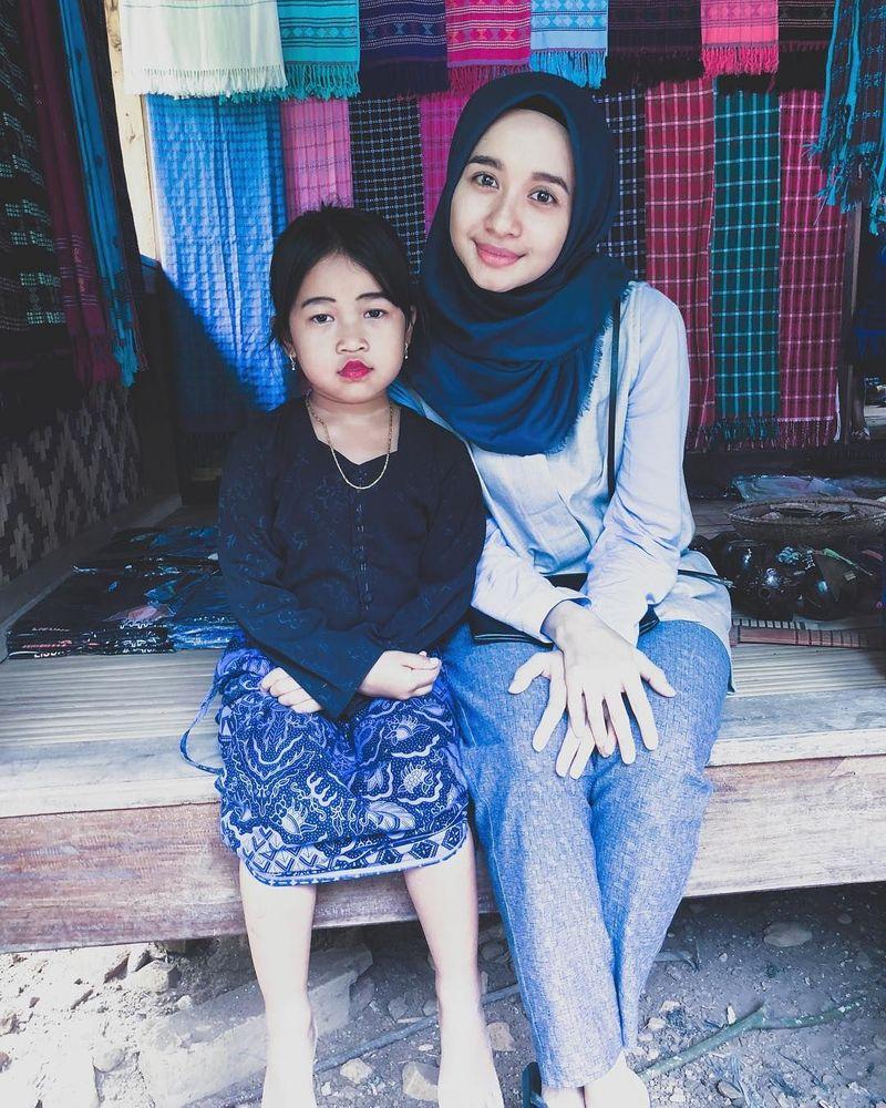 Selama satu minggu, artis cantik Laudya Cynthia Bella berada di Suku Baduy, Banten. (laudyacynthiabella/Instagram)