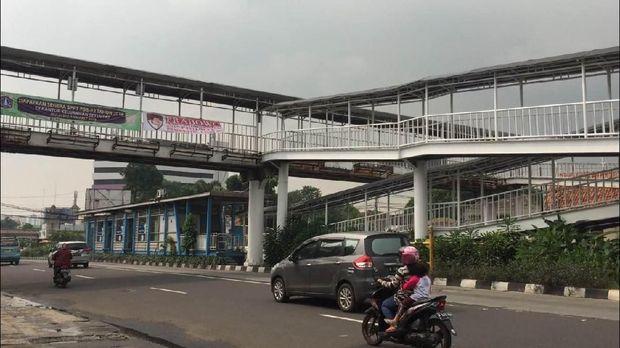 Spanduk 'Prabowo Yes, Gatot No!' Beredar di Matraman
