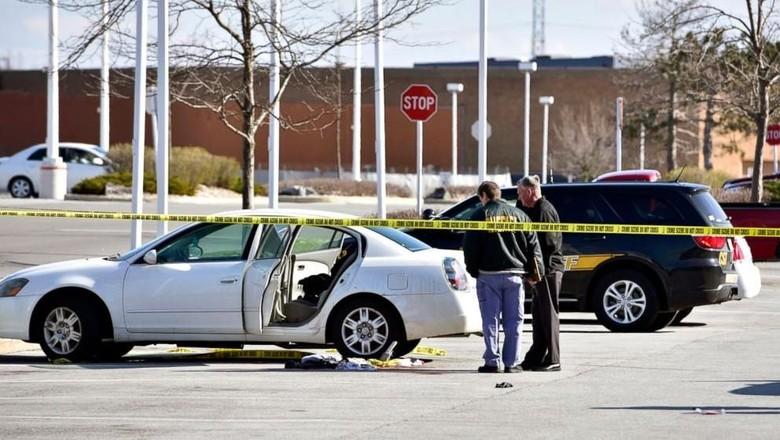 Balita 3 Tahun Tak Sengaja Tembak Ibunya di Dalam Mobil