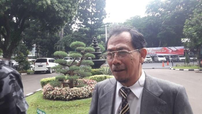 Sri Bintang Pamungkas hadiri pemanggilan polisi untuk diperiksa sebagai terlapor kasus hate speech