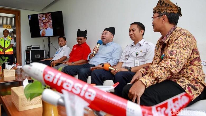 Executive Chairman AirAsia, Datuk Kamarudin Meranun di Banyuwangi (Ardian/detikTravel)