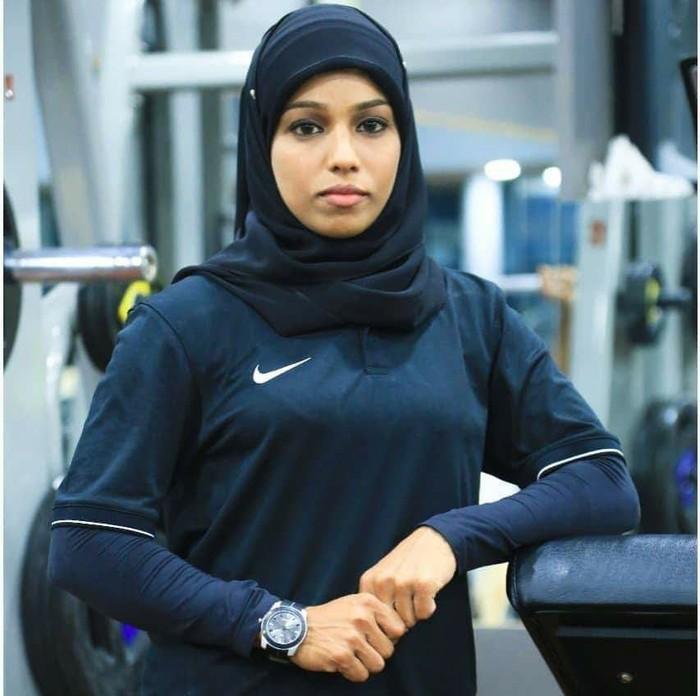 Seberapa sering Anda melihat atlet mengenakan jilbab? Mungkin sering, namun masih belum banyak. Ya, salah satunya adalah Majiziya Bhanu. Foto: Facebook/Majiziya Bhanu