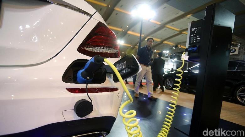 Mobil listrik Foto: Rengga Sancaya