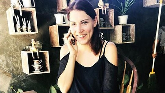 Ini Viola, Istri Cantik Daniel Mananta yang Jarang Terekspos