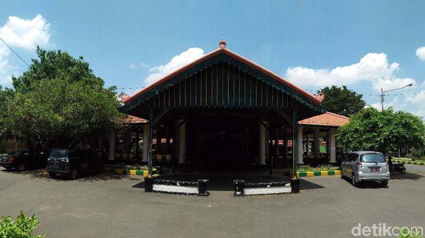 Menyambangi Rumah Perjuangan RA Kartini di Rembang