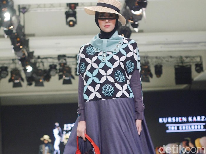 Desainer Kursien Karzai sajikan Batik Betawi rasa Eropa. Foto: Silmia Putri/Wolipop
