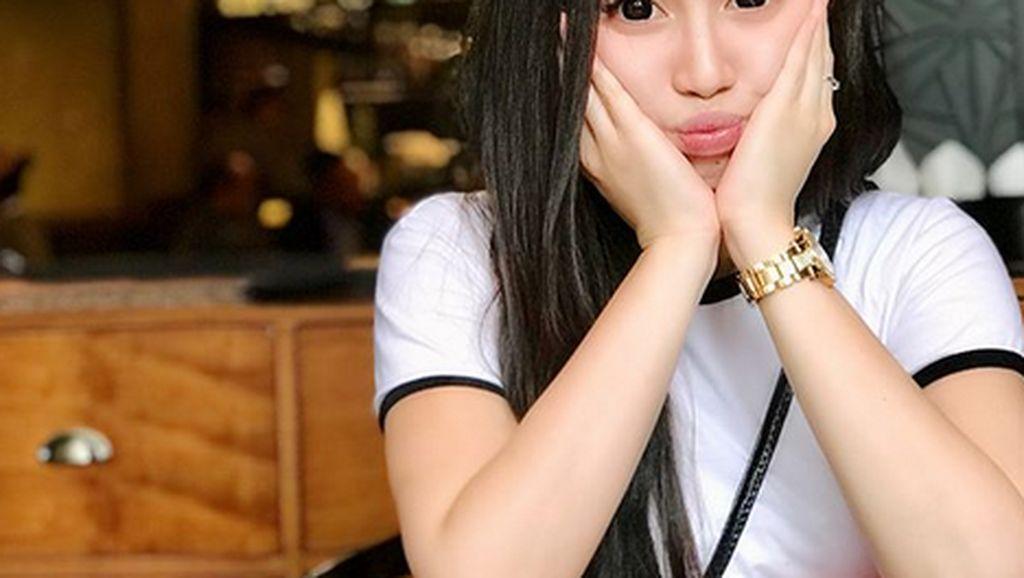 Gaya Kembaran Lucinta Luna saat Makan hingga Tumisan untuk Sahur Pilihan Netizen