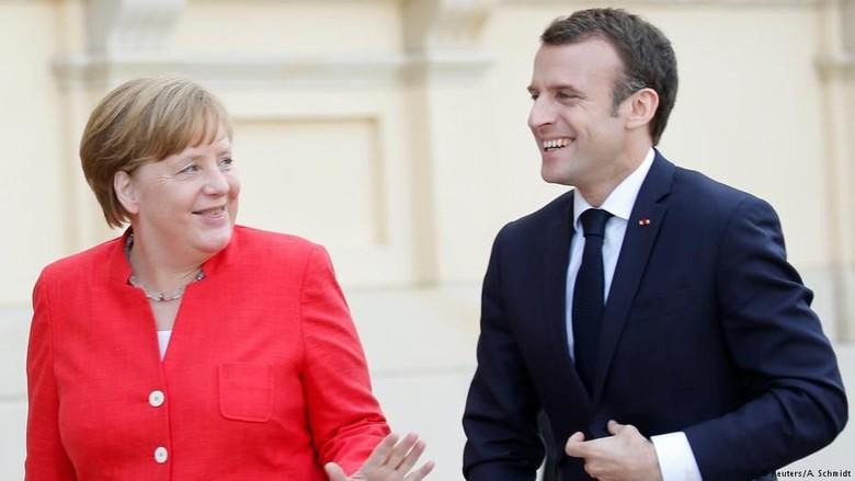 Macron dan Merkel Tegaskan Penguatan Poros Prancis-Jerman