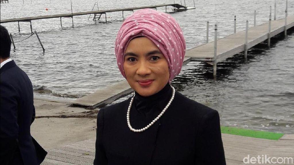 Gaya Hijab Bos Pertamina Nicke Widyawati, Turban hingga Ala Ibu Pejabat