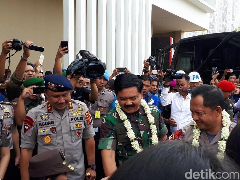 Kapolri : TNI - Polri akan Solid Sampai Kiamat