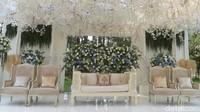 Tempat kedua mempelai akan duduk. Foto: Tempat Pernikahan Syahnaz dan Jeje (Noel/detikHOT)